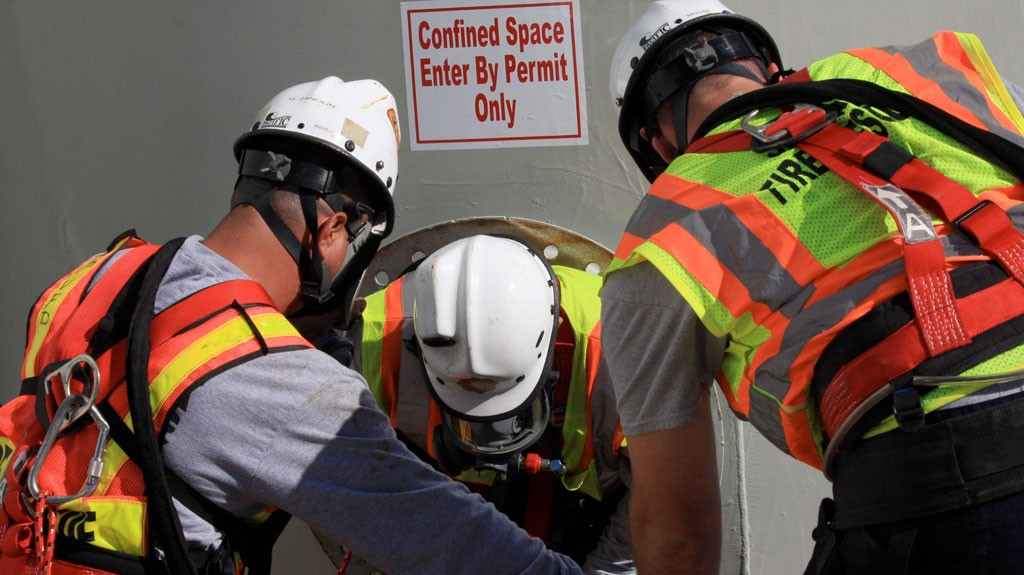 Confined Space Attendant/Rescuers in the GTA