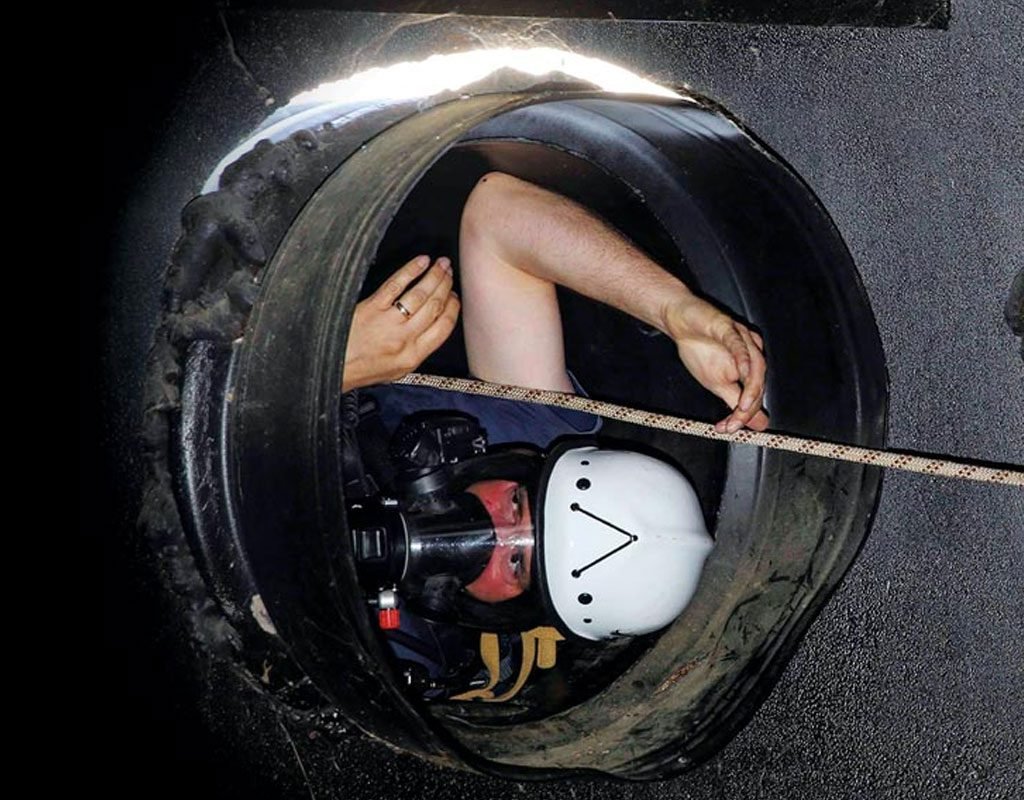 Working in confined spaces image